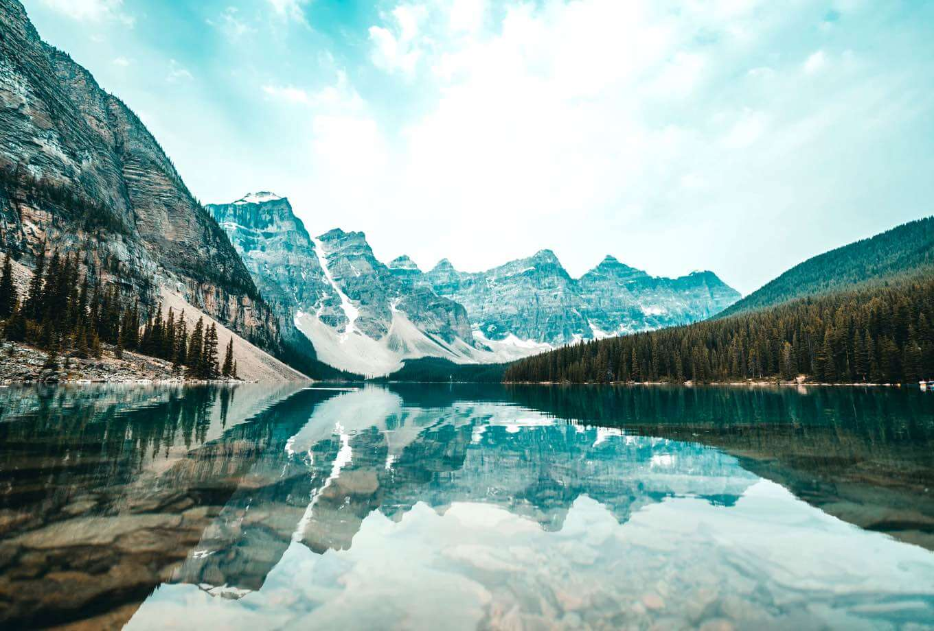 Reflections glistening over Moraine Lake in Banff